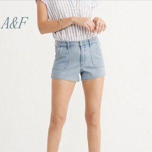 A&F//high rise denim shorts 29 NWT